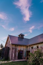 Pacific Northwest Outdoor Summer Barn Wedding in Chehalis, Washi